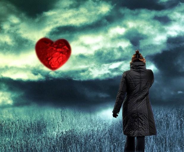 heart in sky--VIVID